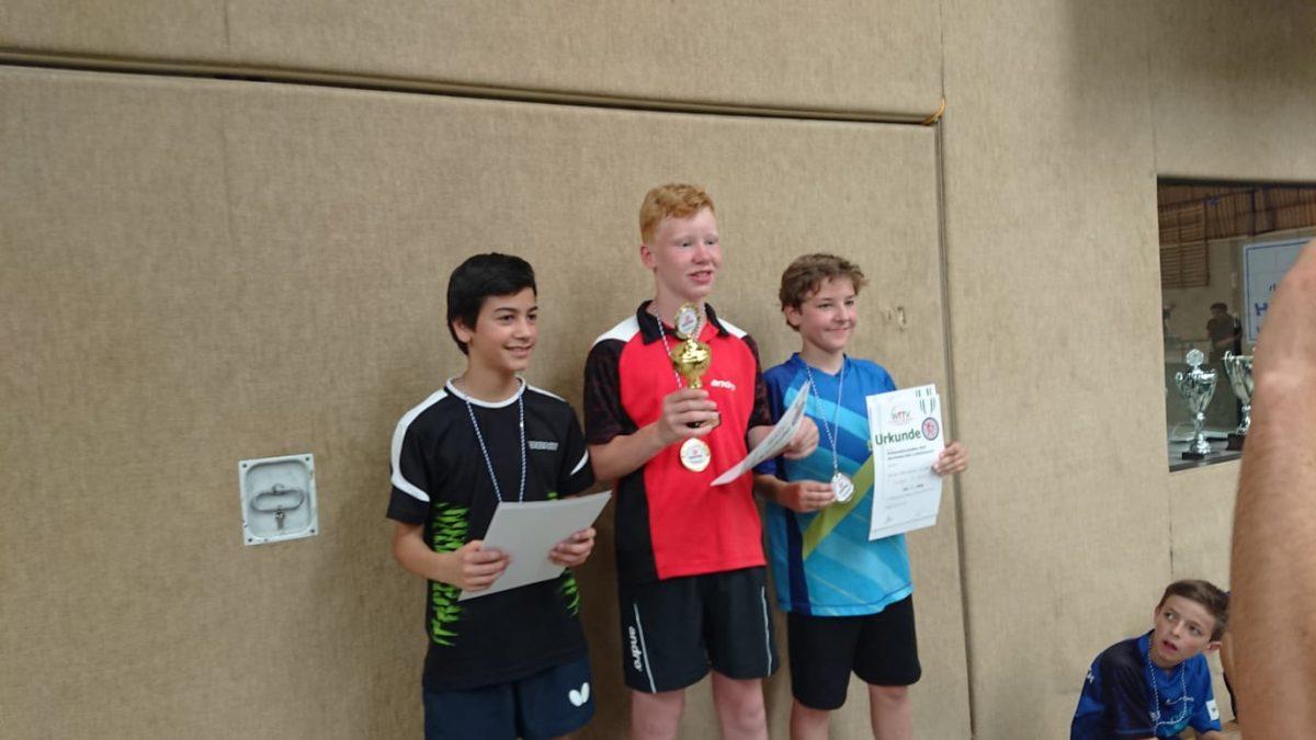 Luca Klever ist Kreismeister im Tischtennis